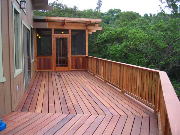 Ipe Deck & Screened Sleeping Porch